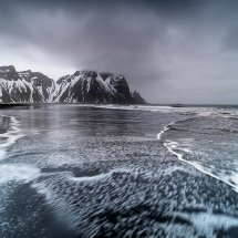 The Tide, Vesturhorn