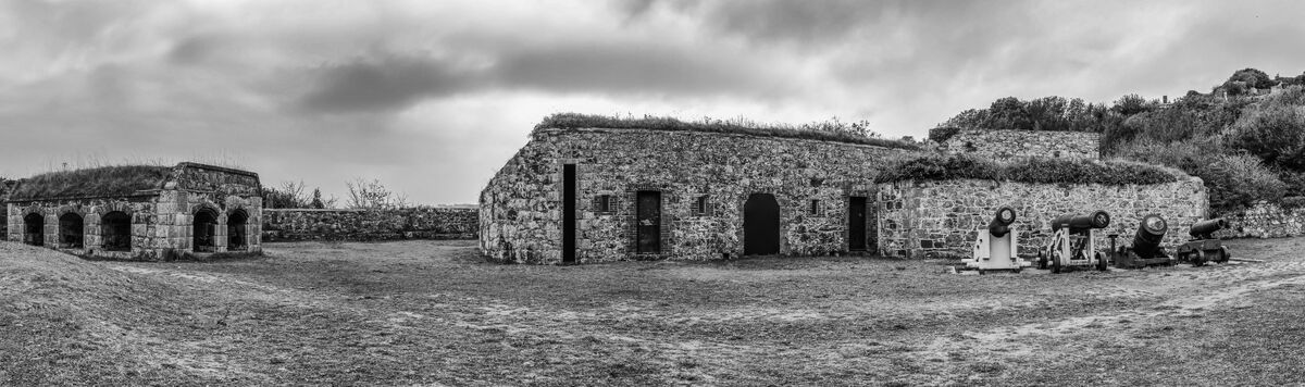 4th Cindy Carre ,Panoramic, Clarence Battery