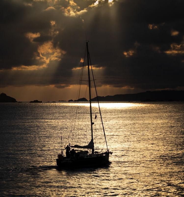 4th Ian Toms  Open Sail Away