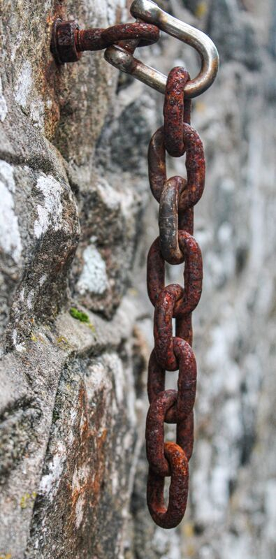 4th= Julian Mamabolo ,Texture, Chains