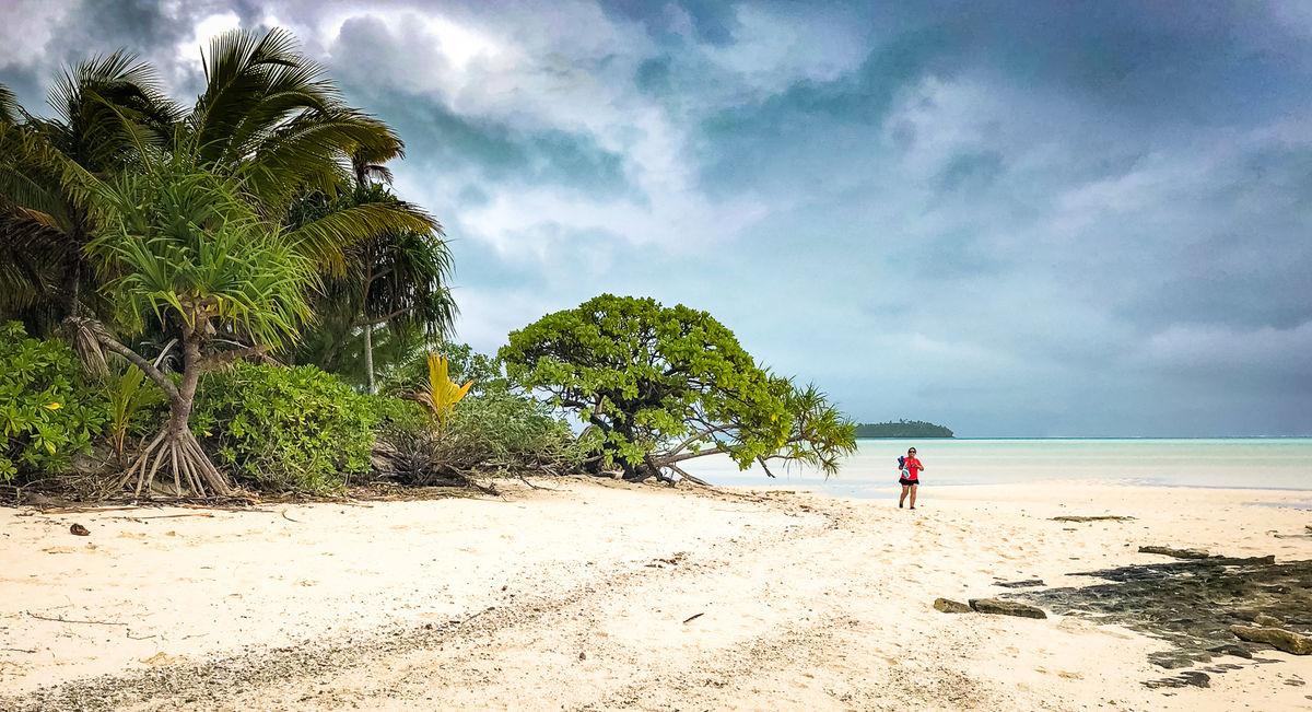 Derek Bridel AFIAP, BPE2, Coastal Landscape, One Foot Island- Aitutaki
