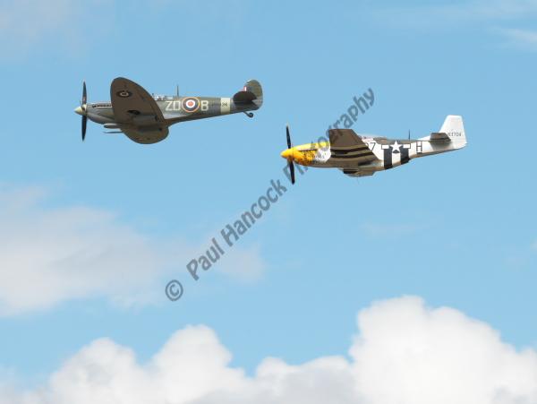 Spitfire LFIX & P51-D Mustang