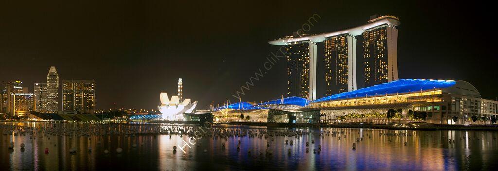 """Marina Bay, Singapore (Nightscape)"""
