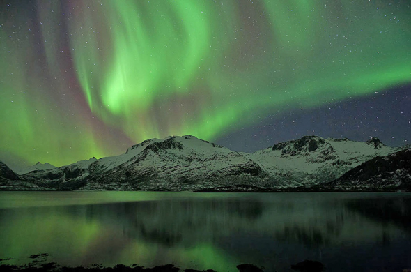 63 Northern Lights of Lofoten - 18 points