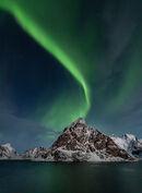 6 Aurora Over Olstinden - 19 points