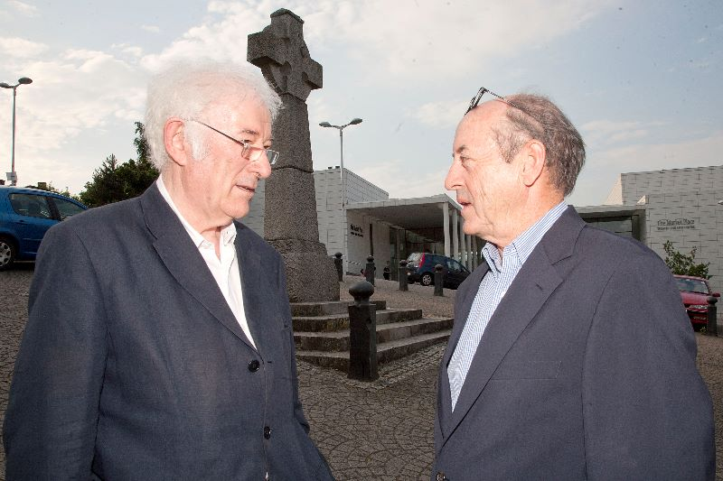 Seamus Heaney and Billy Collins 0111