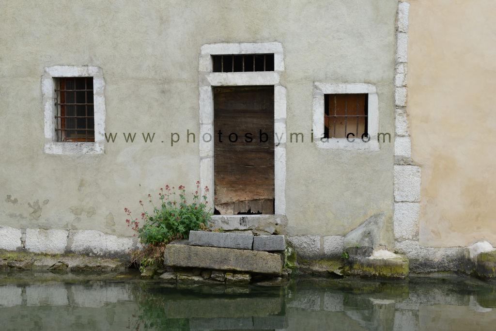 Waterway door