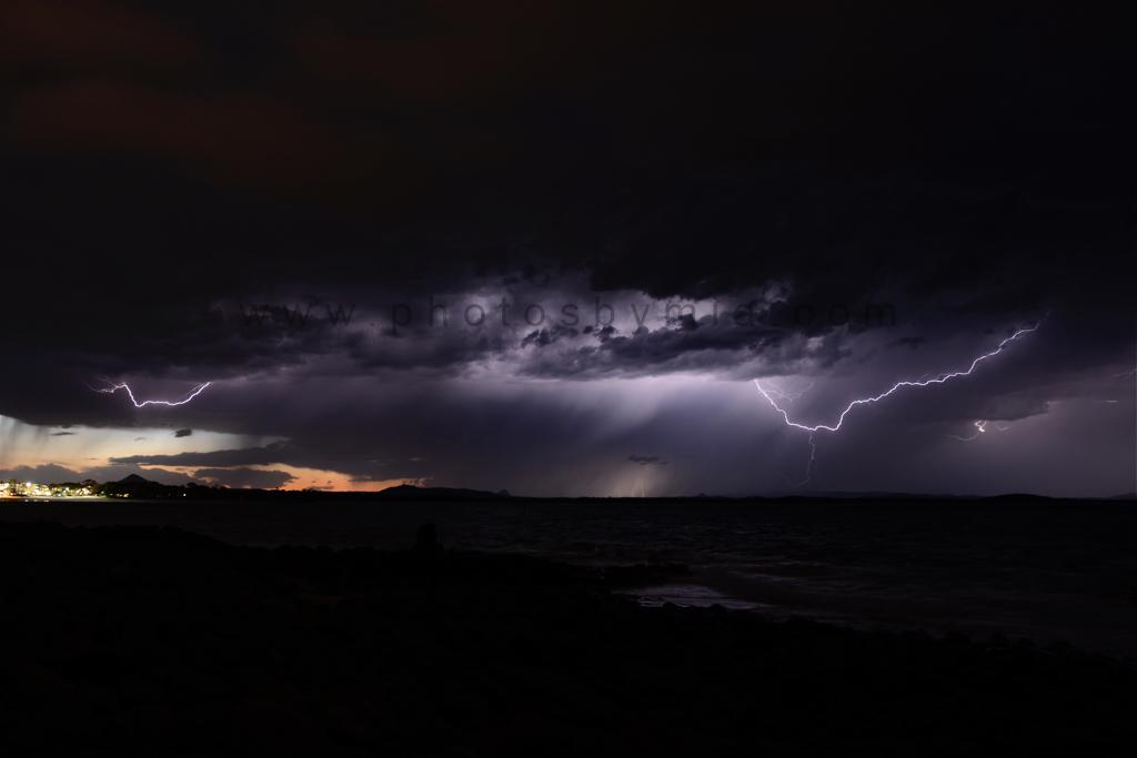 Noosa Lightning