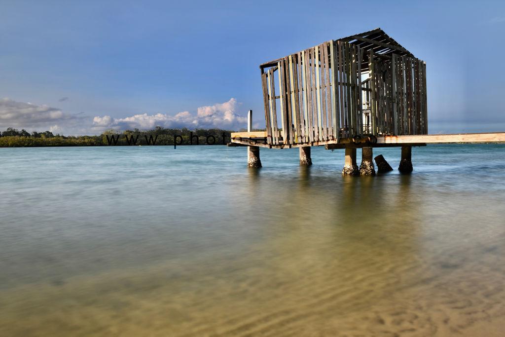 Deconstructing jetty