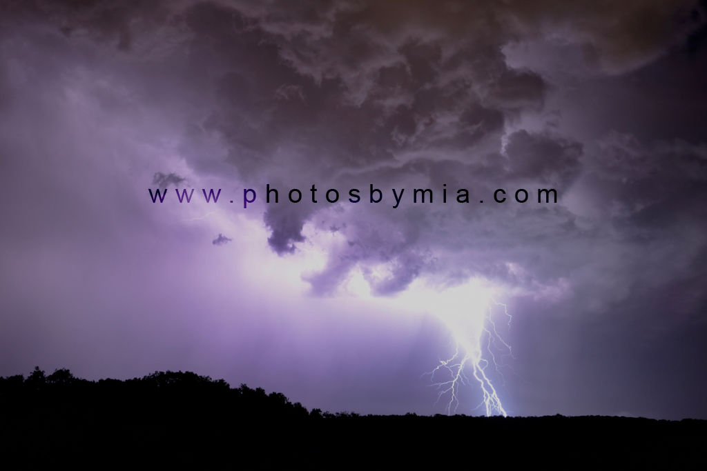 Purple clouded lightning
