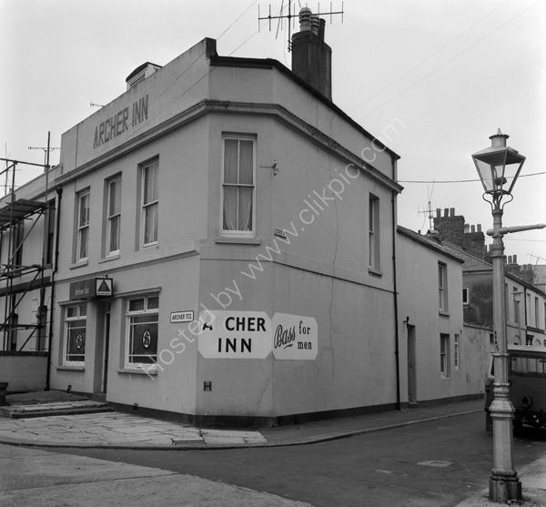 Archer Inn, Archer Terrace, Devenport, Plymouth PL1 5HD around 1974