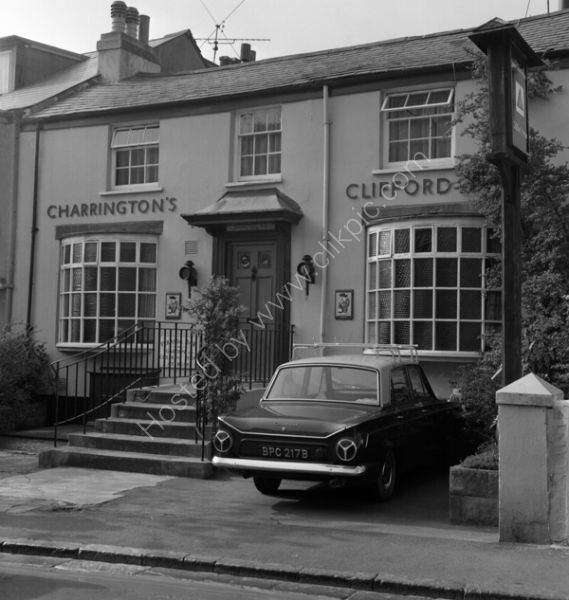 Clifford Arms Teignmouth TG14 0DE in around 1974