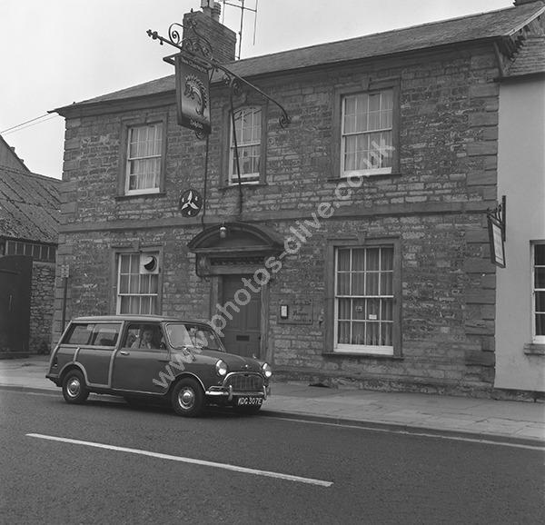 Dolphin Inn, 32 High Street, Ilchester, Somerset BA22 8NH pre 1975