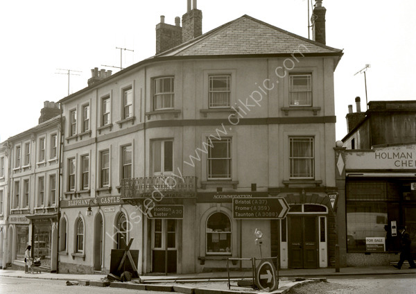 Elephant And Castle, Middle Street, Yeovil BA20 1NA around 1974