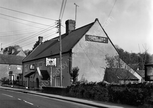 Globe Inn Misterton TA18 8LX around 1974