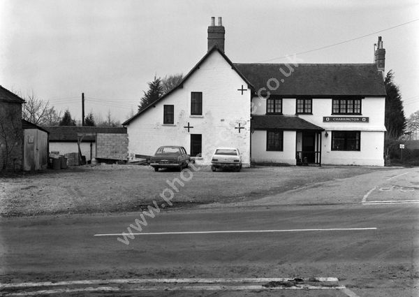Kings Arms, East Stour Common, Gillingham SP8 5NB, around 1974