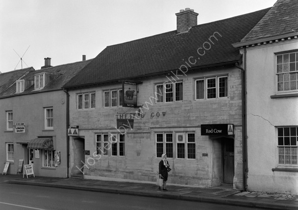Red Cow, 43-47 High Street, Honiton, Devon around 1974