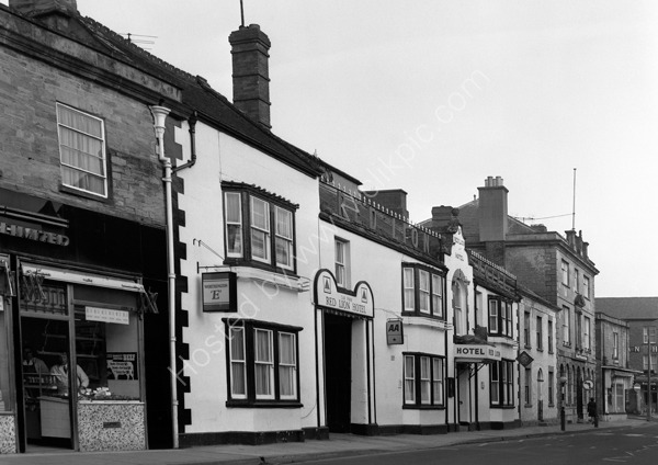 Red Lion Hotel Crewkerne, around 1974 (no longer a pub)