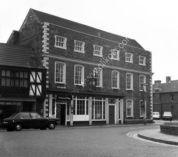 Bridgwater Inn Bridgwaterwhen it was the Waterloo House in 1973