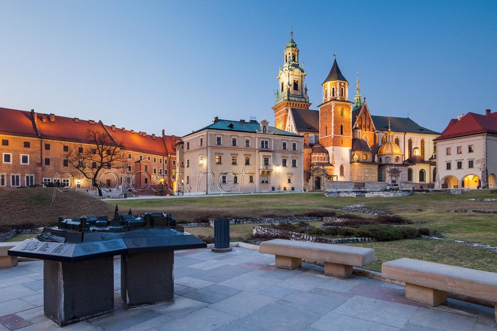 Dusk at Wawel