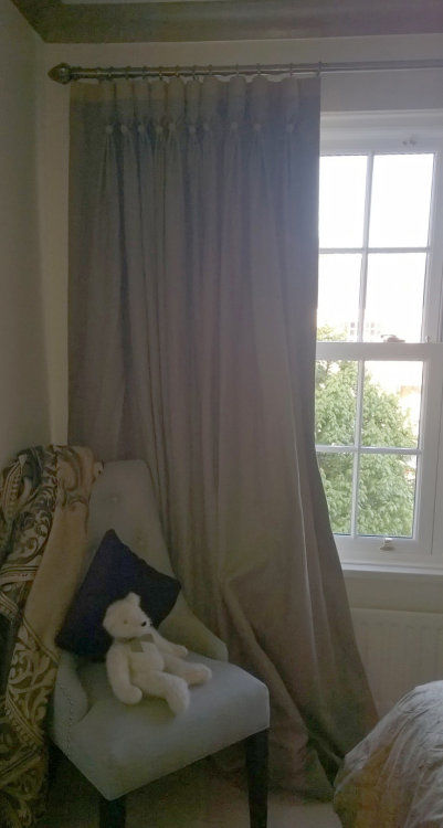 Goblet curtains - full length