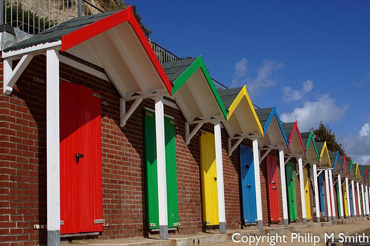 172350 Swanage Beach Huts