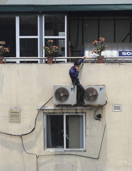 Mobile repair man, Hanoi
