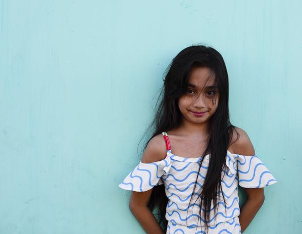 Shy girl, Manila