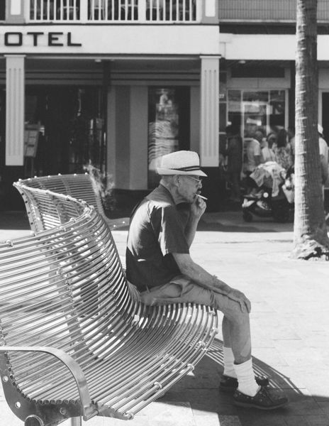 Old gent, Manly Beach
