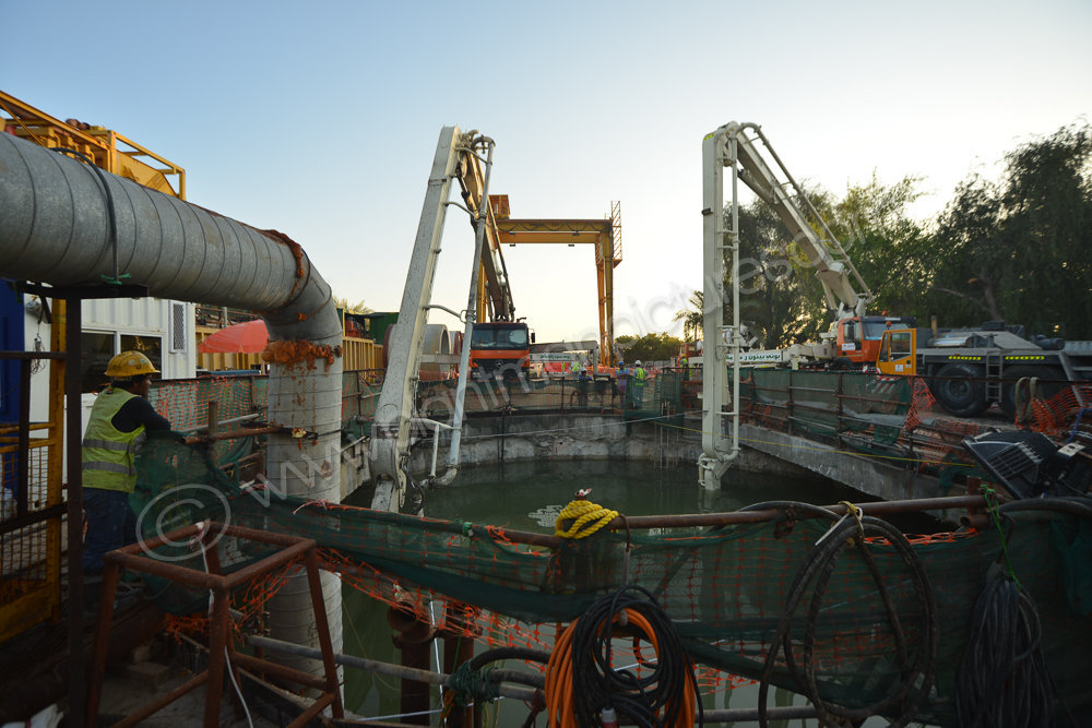 Pumping 700 cubic  meters of underwater concrete