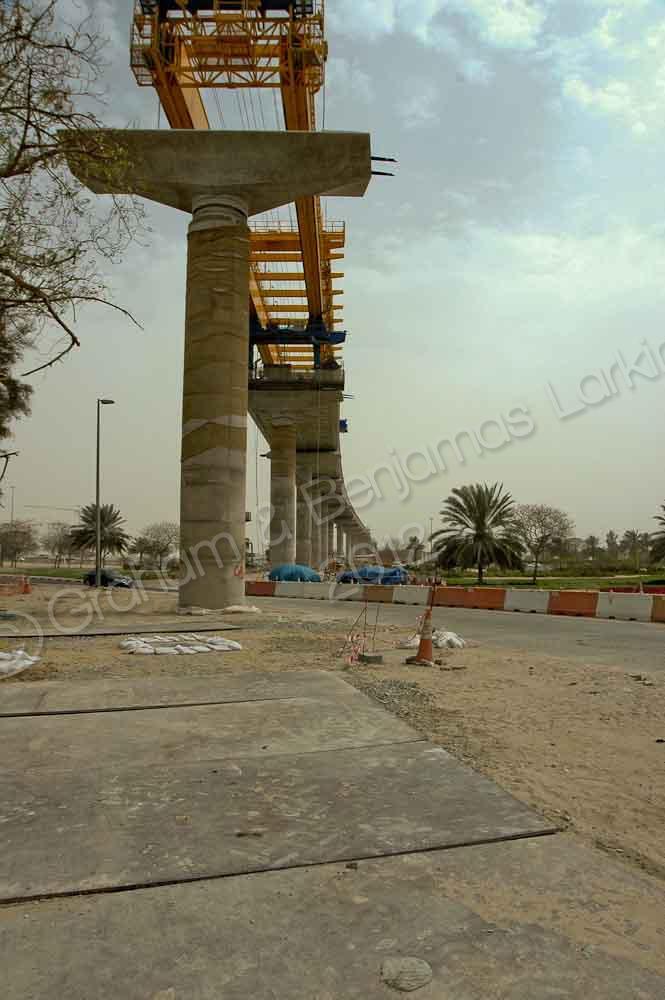 Metro columns and Launching Gantry