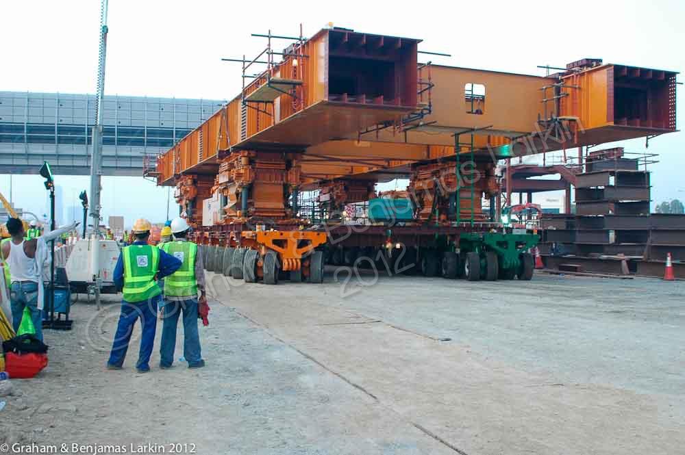 Self propelled modular transporter Jebal ali Station  dubai metro