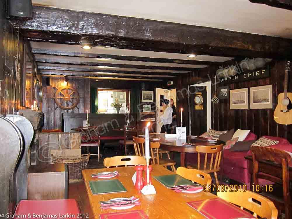 Bar Glenelg Inn