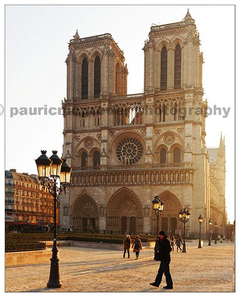 AE Jul16 A ZED 06 Paris Sunrise