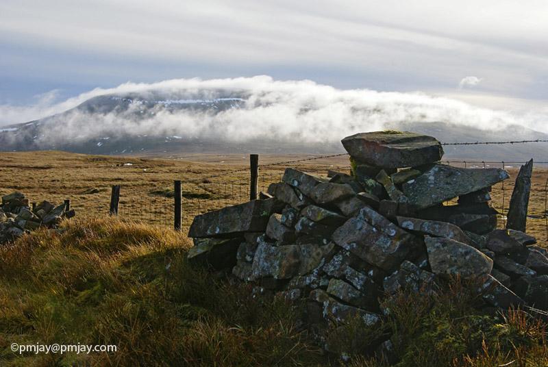 cloud above Craig Cerrig Gleisiad