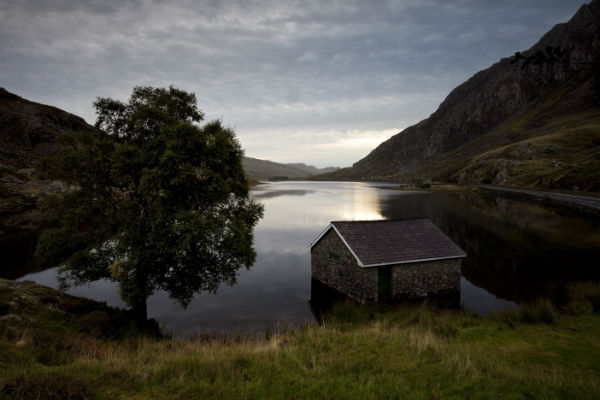 Early Morning Llyn Qgwen Snowdonia