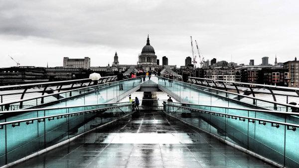 St Paul's from the Millenium Bridge