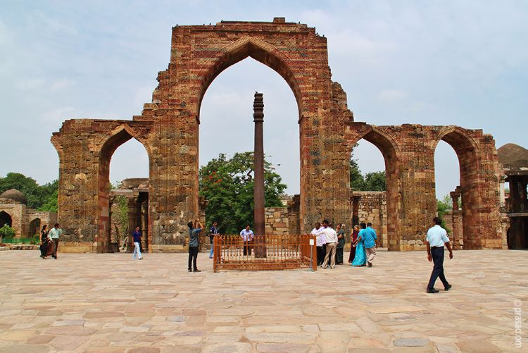 Rust Free Iron Pillar, Qutub Minar, Delhi, India