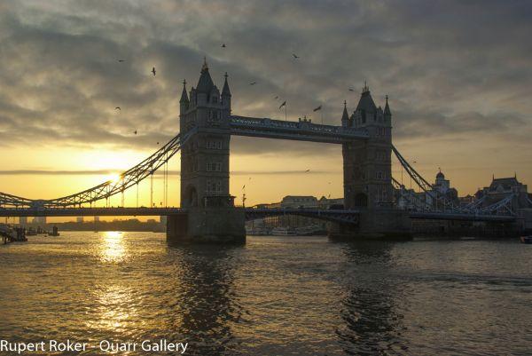 Tower Bridge, Dawn 1