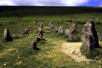 The graveyard stone row, cawsand beacon, Dartmoor.