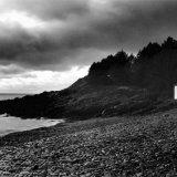 Cornaa Moody Black & White