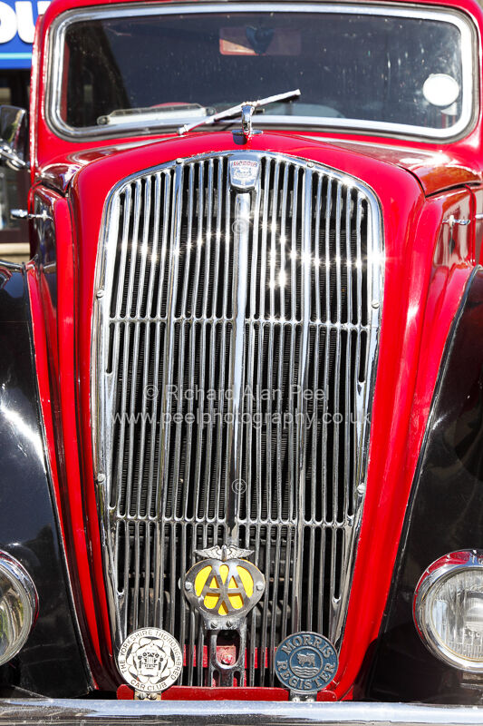 Classic car – Morris radiator grill