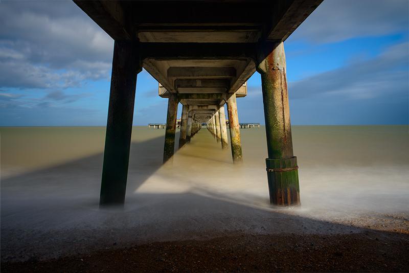5649-Under Deal Pier