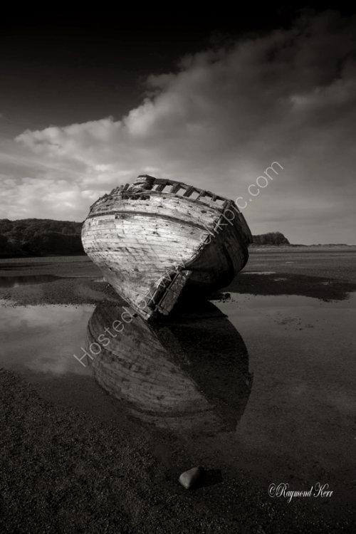 Decaying Fishing Boat (5493)