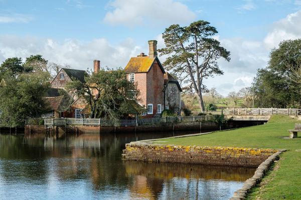 The Mill House Beaulieu Village
