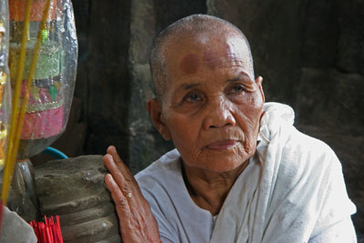 Temple woman, Angkor