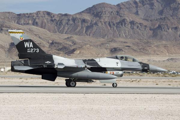 Arctic F-16