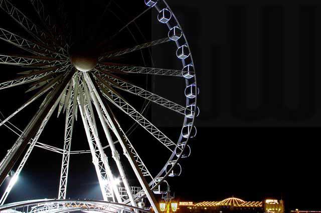 Brighton Wheel with Pier