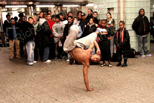NY breakdancers