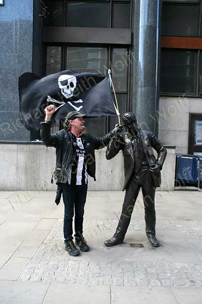 City pirates flag
